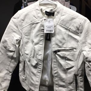 New LOOK size M leather jacket